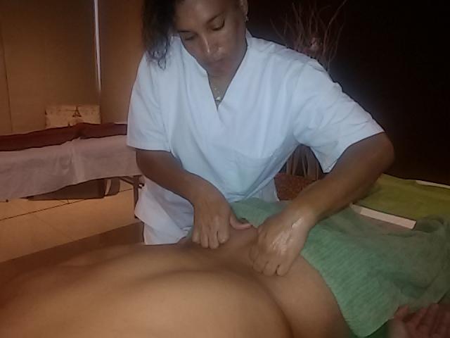 Es necesario recordar que solo el masaje suficientemente activo puede dar un efecto positivo.