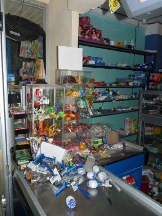 santa teresa market after quake