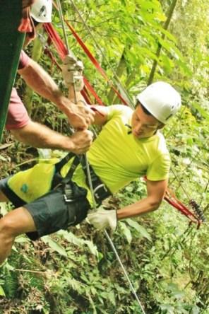 Costa Rica canyoneering tour