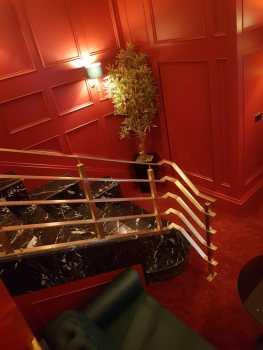 Brass-balustrade