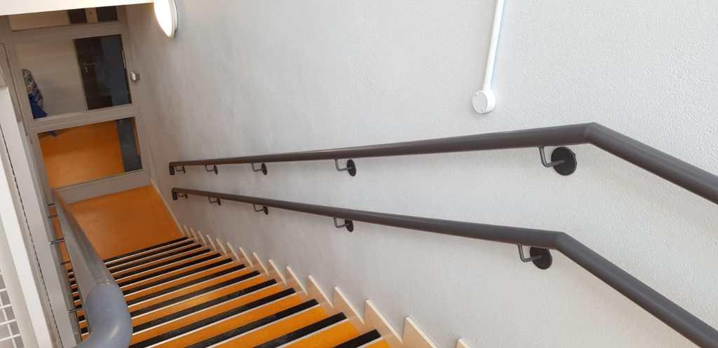 Stair Core hand rail, balustrade installation (11)