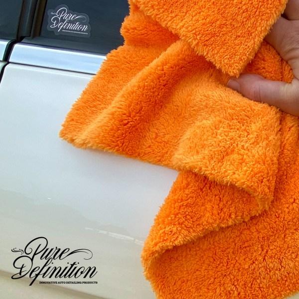 orange 30x40cm edgeless towel IN USE square 3