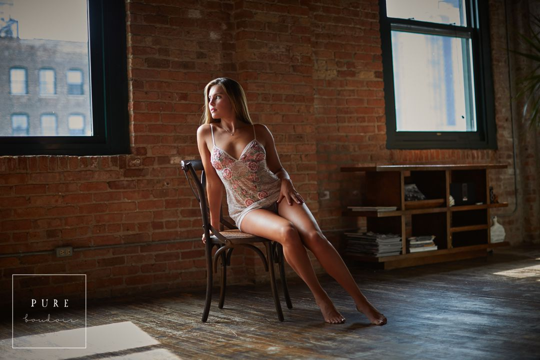 10 chicago boudoir studio natural light - Chicago Bridal Boudoir - A timeless Gift of Intimacy