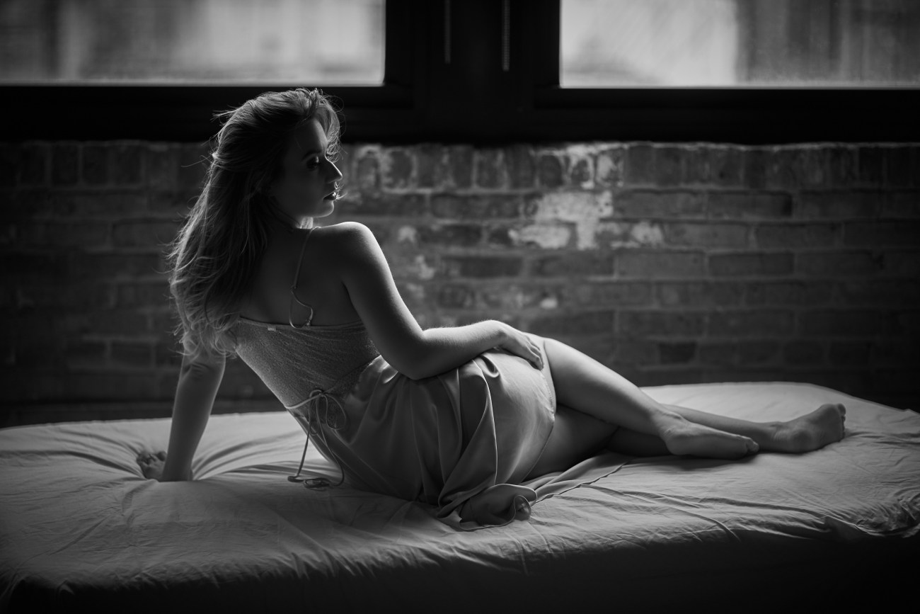 chicago sensual boudoir session