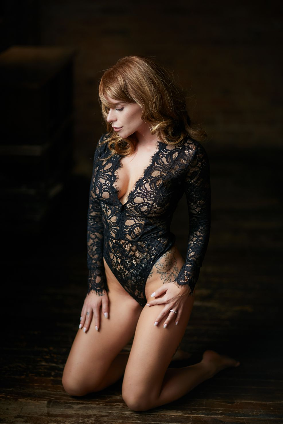 chicago sensual boudoir photography - A Gift for Her - Perfect birthday, wedding or anniversary gift.