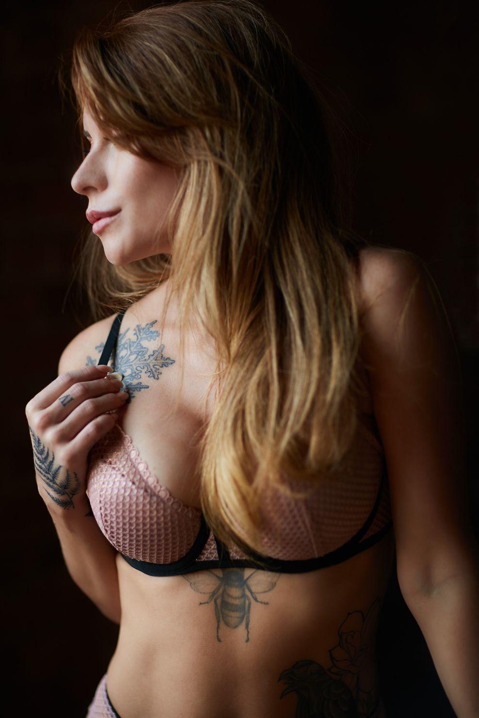 Chicago lingerie boudoir photography