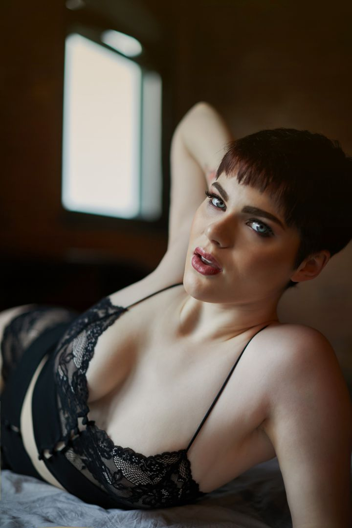 lingerie chicago ohotography - A Luxury Experience of Boudoir.