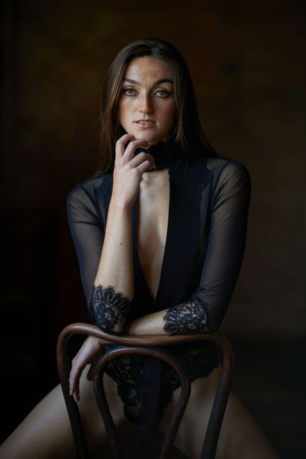 best natural boudoir classy elegant - Listing E