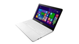 Asus EeeBook X205 laptop running Windows 8.1 with Bing