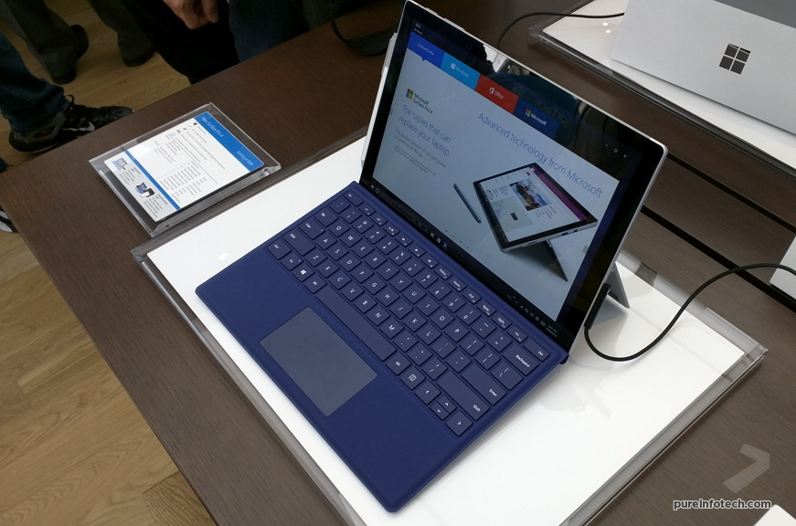 Surface Pro 4 at the Microsoft Store