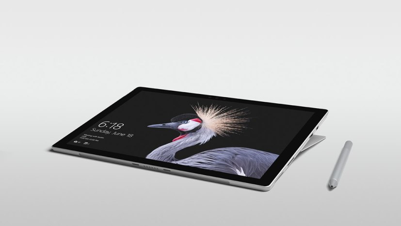 Surface Pro (Studio Mode)
