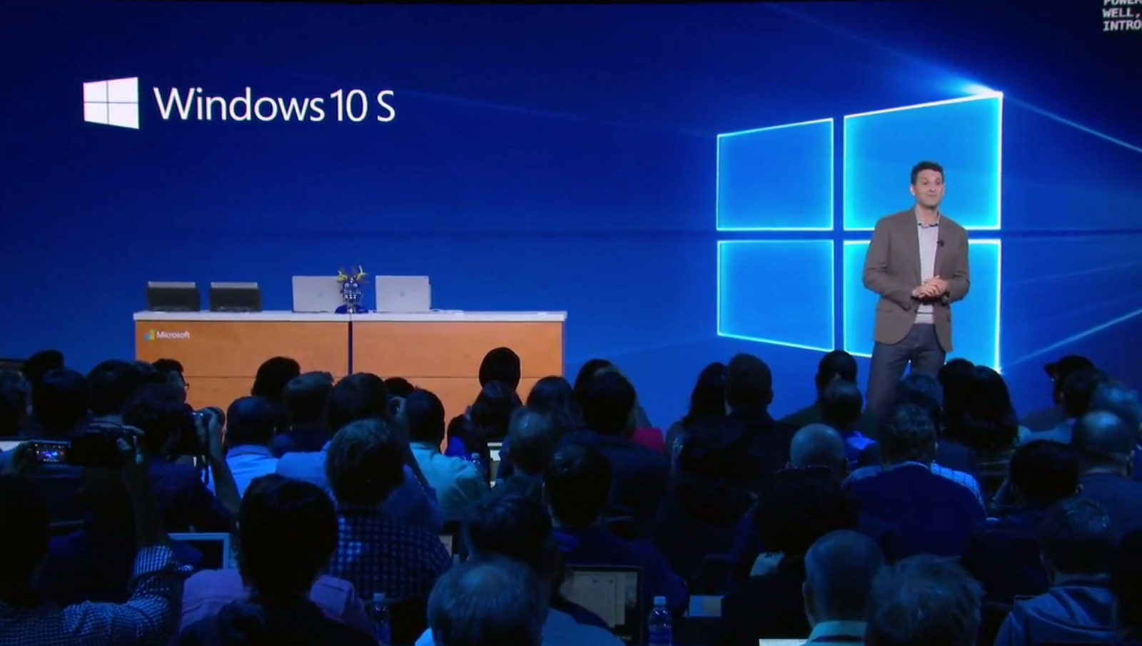 Windows 10 S logo on Microsoft presentation