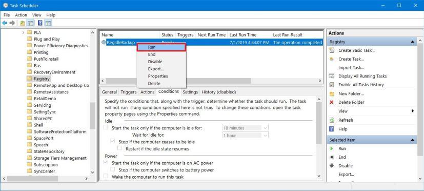 Running RegIdleBackup task on Windows 10