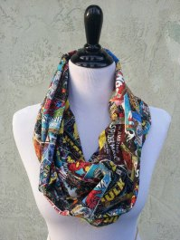 My husband would love if I had this scarf because he loves superheros, but who doesn't?