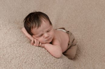 tan-lace-pants-newborn-baby-photo-ottawa-newborn-photography
