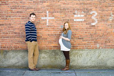Maternity Photography in Snohomish, Washington by Christi Hardy of PureShots Photography