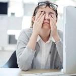 眼睛疲勞的原因有哪些?手機跟電腦哪個對眼睛傷害更多?