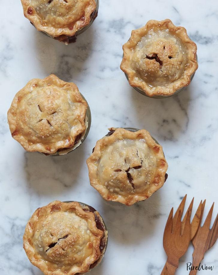 mini mason jar apple pie