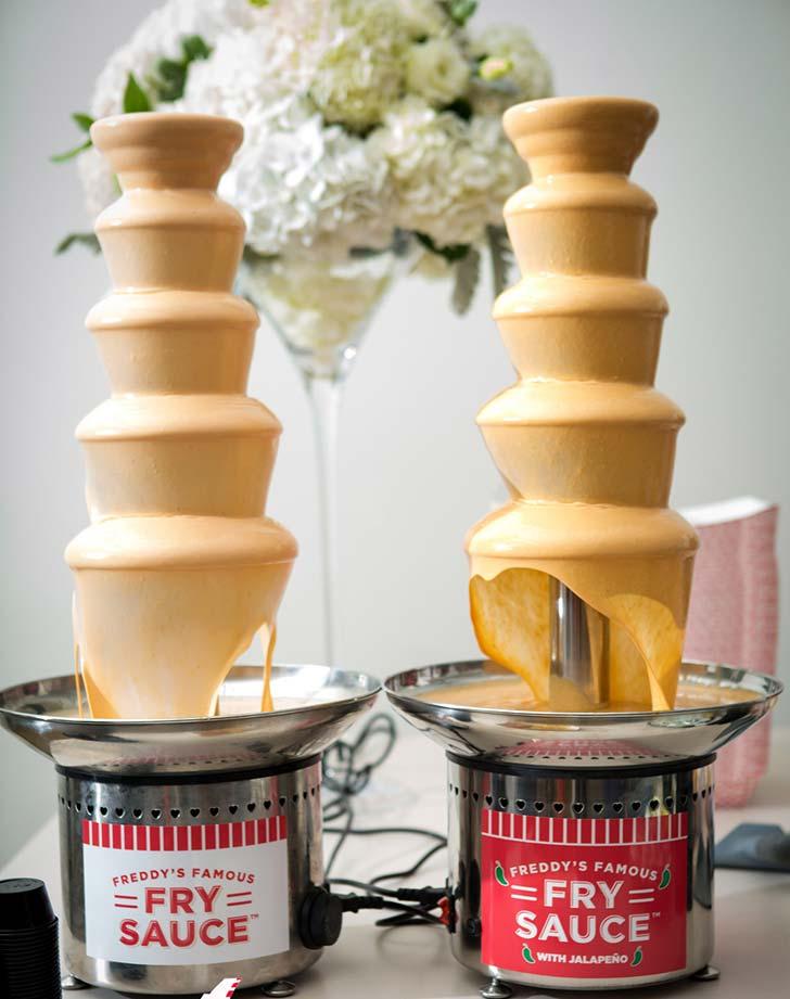 wedding snack cheesefries