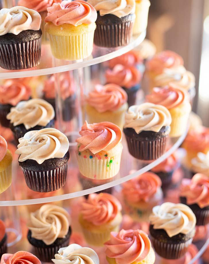 wedding snack minicupcakes
