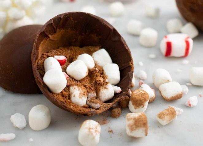 How to Make Hot Chocolate Bombs – PureWow