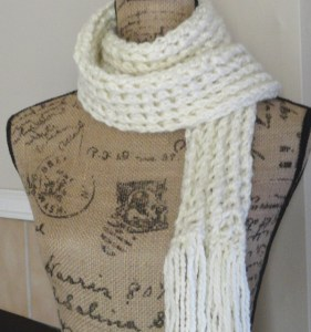 Ribbed Lace Scarf