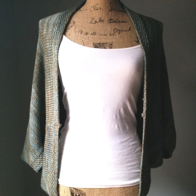simple knit shrug front