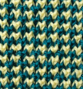 Two-Color Bee Stitch