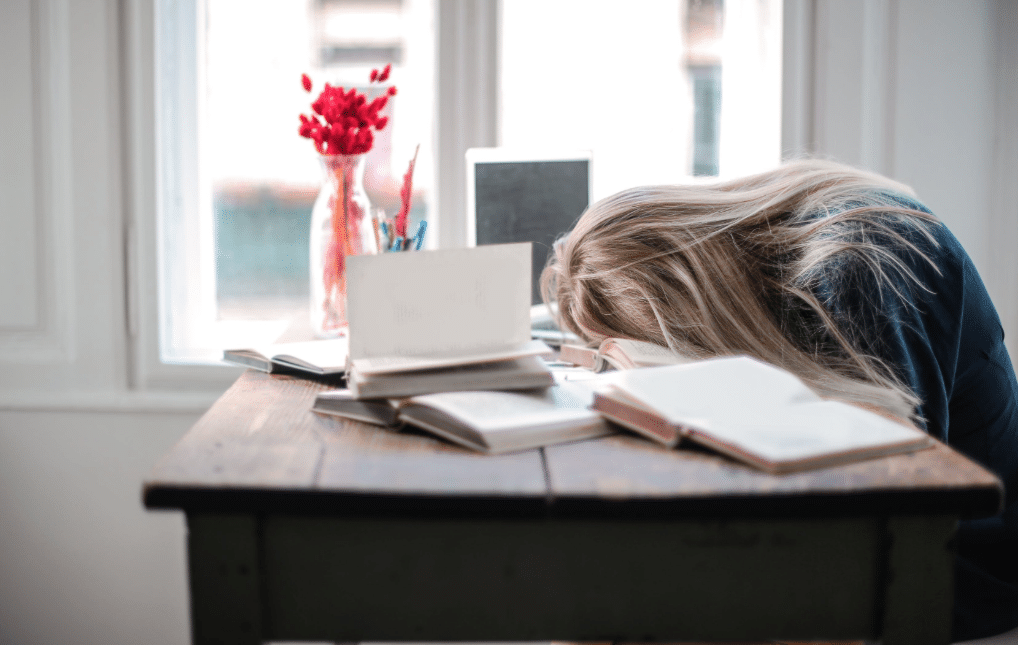 Understand Why Students drop out: 3 Problems And Solutions