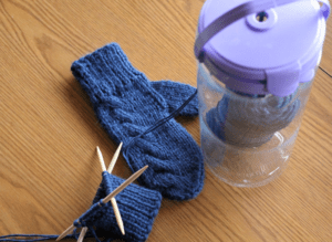cable-knit-mittens-materials