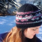 DIY Valentines Heart hat knitting pattern from Liz @PurlsAndPixels