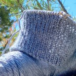 Knit beginner ear warmer headbands with this easy messy bun hat pattern from Liz Chandler @PurlsAndPixels.