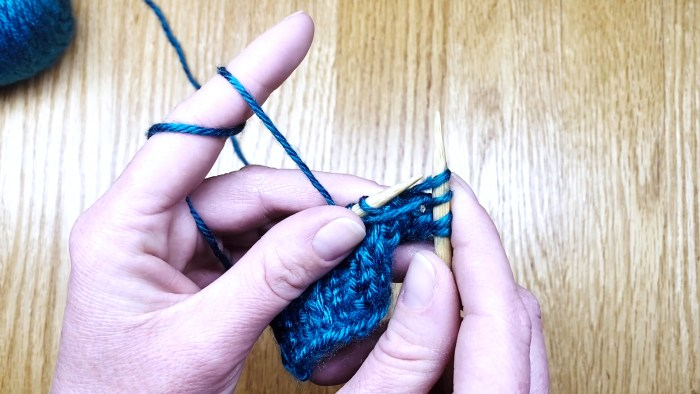 Step 2: Learn to slip stitches knitwise with yarn in front - sl1kwyif - a knitting lesson with Liz @PurlsAndPixels.