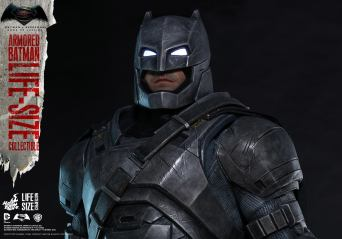 Batman Hot Toys (9)