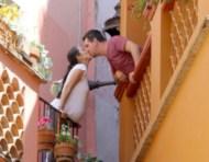 Beso real en el callejón del beso