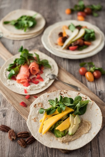 Those 3 quick & healthy Wrap Ideas will save the day, when you are tired and stressed out. Mango and Avocado with Cashew Butter, Salmon with Red Peppers and Fresh Cheese and Tomatos and Pear with Maple Syrup. See them all on Purple Avocado.
