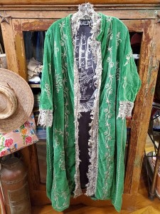 Magnolia Pearl Cotton Velvet Oleary Coat Oz 376