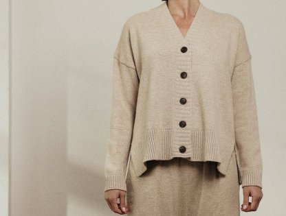 Amente -- Cashmere wool blended knit Cardigan 4343 Oatmeal