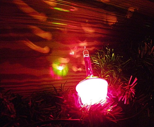 Bubble Light from Christmas. They liquid inside bubbles when they get warm. I don't know if they make these any more.