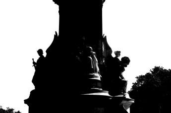 Victoria Monument in London