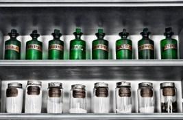 Green Jars desat detail hue 04095 sm