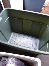 slob, humor, empty bin