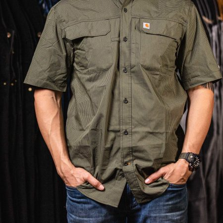 FORCE® RELAXED FIT LIGHTWEIGHT SHORT-SLEEVE BUTTON-FRONT PLAID SHIRT (PEAT)