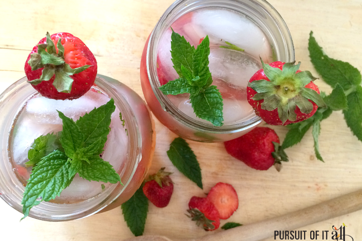 Strawberry Mint Lemonade Cocktails