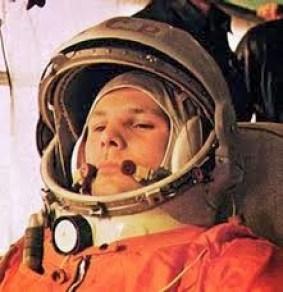 uzaya ile giden insan Yuri Gagarin