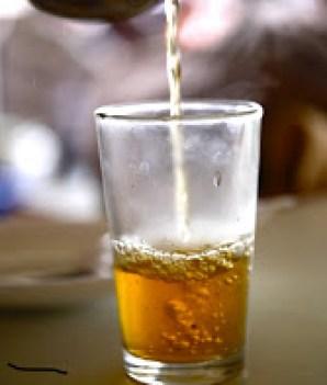 Fas a mahsus ir sunumla ikram edilen nane çayını içmeden dönmeyiniz.