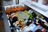 """VOILA enfin la bonne utilisation du bac à bières, injustement appelé """"bac à légumes"""" par certaines ménagères Françaises !"""