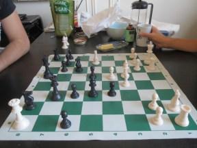 Quoi de mieux pour démarrer le week-end qu'une partie d'échecs ?....