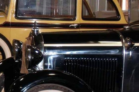 antique cars Put in Bay
