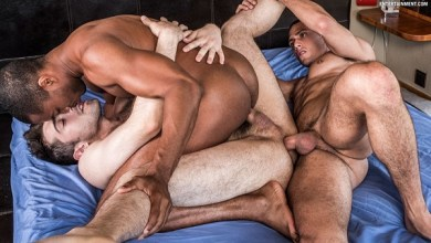 Photo of LucasEntertainment – Sean Xavier, Javi Velaro & Ben Batemen – Bareback